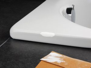 ремонт акрилового покрытия